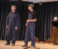 Scuola di patois di Salbertrand: Performance ArTeMuDa alla presentazione corso - clicca per ingrandire.